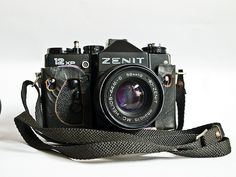 Zenit 12 XP with Helios 44 M6 | This camera is a little bit odd. it´s big and a little heavy but doesn´t feel dense like my OM2n, the dials feel a little primitive and the overall functioning feels primitive also. The Helios lens is interesting also, it´s of low contrast in general but extremely sharp, even wide open.
