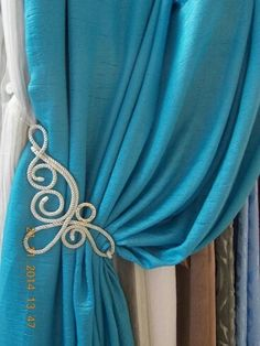 Home Curtains, Custom Curtains, Curtains With Blinds, Custom Pillows, Curtain Accessories, Room Accessories, Swags And Tails, Rideaux Design, Curtain Tie Backs