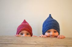 Baby Knitting Patterns Ravelry Troll – is a very easy hat knitted bottom-up in the round – ideal for a quick gi… Baby Hat Knitting Patterns Free, Baby Hats Knitting, Crochet Baby Hats, Knitting For Kids, Easy Knitting, Baby Patterns, Knitting Projects, Knitted Hats, Free Pattern