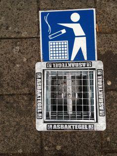 eindelijk een oplossing voor die vieze peuken voor de ingang... asbaktegel.nl