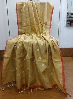 Khadi Cotton Zari with Jaamdaani buti Ssaha Pinned by Sujayita