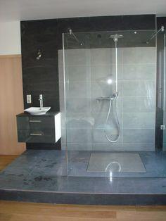 Création douche italienne dans une chambre