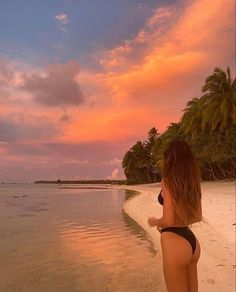 Beach Vibes, Summer Vibes, Summer Aesthetic, Travel Aesthetic, Sky Aesthetic, Flower Aesthetic, Summer Pictures, Beach Pictures, Mode Du Bikini