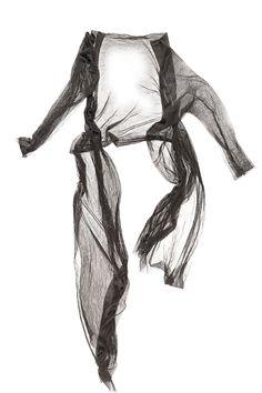 Chaqueta asimétrica de Tul de seda de doble capa, escote caido y manga 3/4.