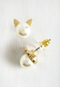 Christmas is right around the corner. Do you have a cat lover in your life? Here are some great gifts not for her cat, but for the cat lover herself. Smiles Purr Hour Earrings $12.99 Love these classic…