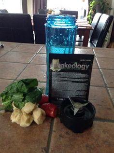 Vanilla Shake Spinach Strawberry Banana Strawberry Banana, Shake, Spinach, Vanilla, Water Bottle, Drinks, Fitness, Recipes, Food