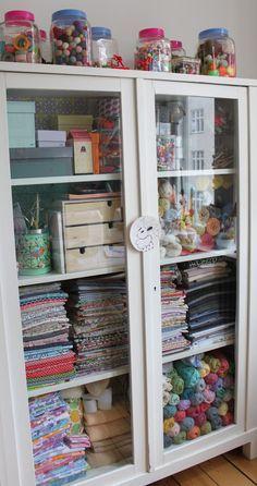 Ideas Sewing Room Organizing Fabric Display For 2019 Sewing Room Organization, Craft Room Storage, Fabric Storage, Craft Rooms, Fabric Display, Storage Ideas, Organizing Ideas, Diy Storage, Craft Cupboard