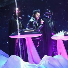 The robots returned for The Weeknd. @theweeknd #theweeknd #GRAMMYs