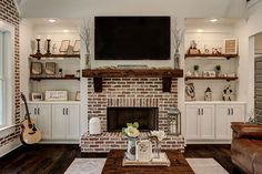 Brick Fireplace Decor, Red Brick Fireplaces, Living Room Decor Fireplace, Brick Hearth, Tv Over Fireplace, Fireplace Built Ins, Farmhouse Fireplace, Home Fireplace, Fireplace Remodel