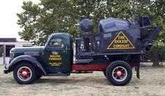 Old Vehicles World Wide Heavy Duty Trucks, Big Rig Trucks, Semi Trucks, Cool Trucks, Cement Mixer Truck, Equipment Trailers, Concrete Mixers, Old Tractors, Vintage Trucks
