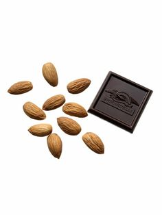 Low-calorie snacks    10 almonds plus 1 small square dark chocolate (about ⅓ ounce), like Ghirardelli singles    121 calories, 10 g fat