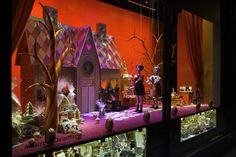 Global Blue reveals the best department store window displays for Christmas offerings from Harrods and Fortnum & Mason London Christmas Lights, Harrods Christmas, Christmas Shopping, Christmas Fun, Christmas Window Display, Christmas Windows, Christmas Displays, Store Window Displays, Display Windows
