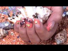 """#nailart   #tutorial   #nails   #overlay   Alles, was Du an kleinen Kostbarkeiten am Strand finden kannst, hat uns zu dieser Nailart inspiriert. Mit dem neuen Jolifin Marmor Glitter und Motiven aus dem Overlay Display gold-silber Mix haben wir """"wertvolles Strandgut"""" auf die Nägel gebracht. Hier findest Du die Produkte zur Nailart-Modellage: http://www.prettynailshop24.de/shop/nailart-strandgut-video_1039.html?utm_source=pinterest&utm_medium=referrer&utm_campaign=pi_NA3116"""