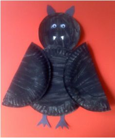 black bat paper plate craft