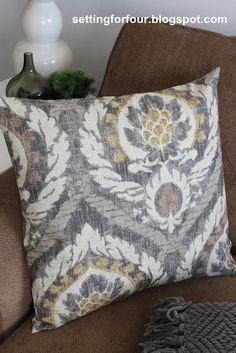 DIY Pillow Cover 5 Minutes to Make & DIY - no zipper pillow cover (envelope back) | Crafty | Pinterest ... pillowsntoast.com