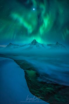 Drowning in Delirium by Ryan Dyar on 500px
