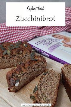Zucchinikuchen oder Zucchinibrot nach Sophia Thiel #Zucchinikuchen #Zucchinibrot #Sophia Thiel Hotel Specials, Cream For Dry Skin, Turkish Coffee, Banana Bread, Nutrition, Desserts, Easy Peasy, Low Carb, Party Ideas