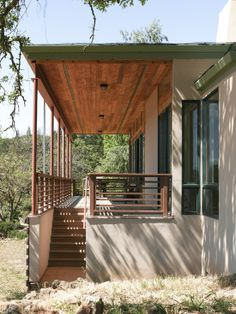 Rustic Modern Home Design with Front Vineyard : Stunning Traditional Porch Design Outdoor Stairs Healdsburg Vineyard Residence
