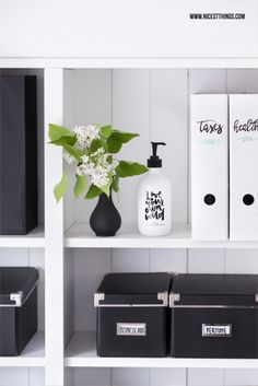 tidying tips from marie kondo 39 s 39 life changing magic of tidying up 39 marie kondo life changing. Black Bedroom Furniture Sets. Home Design Ideas