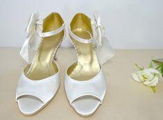 17ed20696915 Svadobné sandálky šampaň ecru satén s mašličkou - podľa návrhu klientky.  svatební obuv