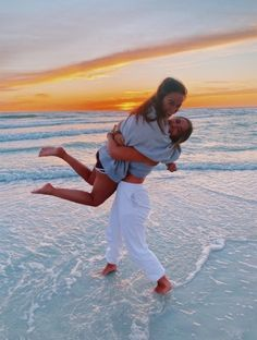 See more of lauren-angelo's content on VSCO. Cute Beach Pictures, Cute Poses For Pictures, Cute Friend Pictures, Friend Photos, Family Pictures, Bff Pics, Beach Pics, Best Friend Poses, Friend Beach Poses