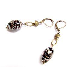 Boucles d'oreilles pendantes en perles de Murano de la boutique yendecreations sur Etsy