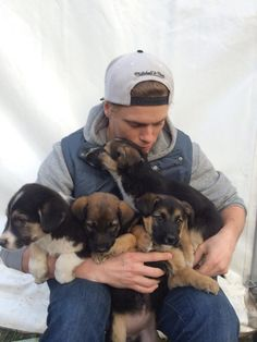 Click here to read about Olympic skier Gus Kenworthy, who's rescuing stray puppies in Sochi.