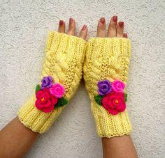 KNITTING PATTERN Mittens Gloves Knit Fingerless Gloves with Crochet Flowers…