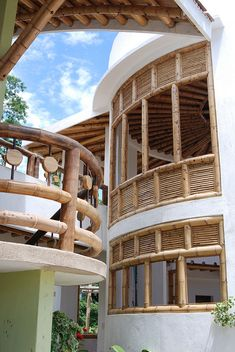 This amazing photo most certainly is an inspirational and brilliant idea Filipino Architecture, Bamboo Architecture, Tropical Architecture, Bamboo House Design, Bamboo Building, Modern Villa Design, Bamboo Structure, Bamboo Construction, Bamboo Crafts