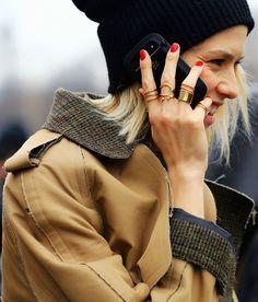 Balenciaga rings<3 na