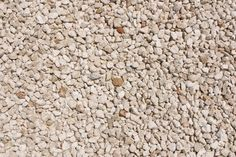 How to Build a Simple Pea Gravel Patio thumbnail