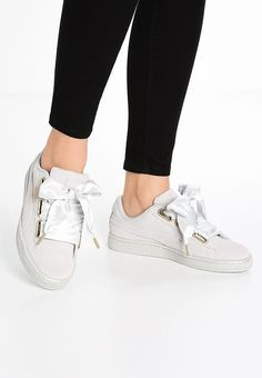 finest selection bf361 f36a6 Chaussures Puma SUEDE HEART SATIN - Baskets basses - gray violet gris  89,95