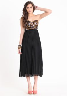 I love the leopard print bustier and the pleat shiffon skirt :}} ♥ it :} this is sooo me.