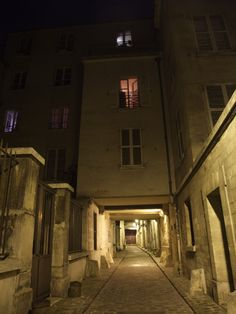 Passage Saint Paul, Paris 4e. M° Saint Paul