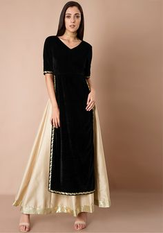 b75bec9ce12 Here comes the season of marriages and with this comes the season of Maxi  Tunic to