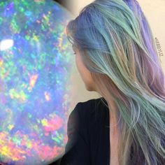 Opal hair trend is the latests thing to hit the internet. Find out the top tips on how to get opal hair and get inspire with these beautiful opal hair looks