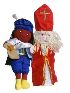 Sinterklaas en Zwarte Piet - Met glanzende kleding en Piet heeft een jute zak bij zich.