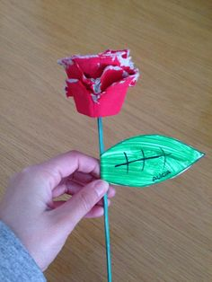 Hobbies And Crafts, Crafts For Kids, Arts And Crafts, Paper Crafts Origami, School Decorations, Crafty Kids, Toddler Activities, Art Projects, Diy