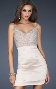 love this for a graduation dress