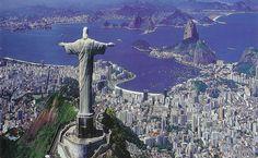Grupo Doble R: 80 mil españoles en Sao Paulo, Brasil Otro de los servicios del Consulado es la expedición de visados para aquellos  extranjeros que deseen viajar a España de turismo o para estudiar, residir o trabajar.