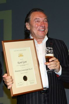 Karel Gott Gott Karel, Contemporary Classic, You Are Invited, Rest In Peace, Celebrities, Music, Lifestyle, Guys, Musica