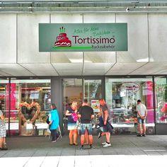 Tortissimo ist der Laden für Backzubehör auf der Hauptstraße. Bunt, originell und für jeden Anlas liefern die Experten hier Back-Euipment höchster Qualität.