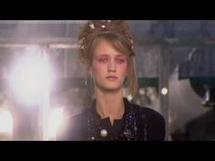 CHANEL Spring Summer 2003 Paris Haute Couture by Fashion Channel -- Since the best videos, the most exclusive moments from all the international fashio. Chanel Spring, Ss, Fashion Show, Channel, Spring Summer, Paris, Youtube, Haute Couture, Montmartre Paris