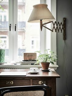 Authentic Simplistic Design That Works home interior design 31 Home Office Decor, Office Interiors, Cheap Home Decor, Home Decor Accessories, Home Decor Inspiration, Decor Ideas, Home Interior Design, Interior Livingroom, Home Remodeling