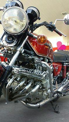 Vintage Honda Motorcycles, Honda Bikes, Custom Motorcycles, Motos Honda, Honda Cb750, Used Bikes, Cool Bikes, Honda Cbx 1050, Cb 1000
