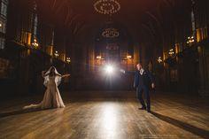 O casal não poupou esforços para a realização de um casamento inspirado em Hogwarts incrivelmente detalhado. | Este casamento com temática de Harry Potter foi maravilhoso