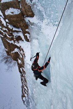 Yes, you can ice climb in Colorado Springs! Hully Gully.