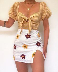 Likes, 62 Comments - Daily Outfits Vintage Outfits, Girly Outfits, Retro Outfits, Stylish Outfits, Cute Concert Outfits, Teenager Outfits, Look Fashion, Fashion Outfits, Womens Fashion