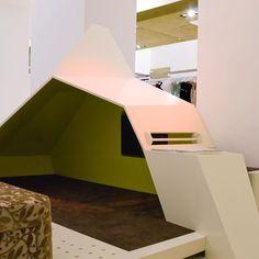chociwski architekten ZT-GmbH (@chociwskiarchitekten) | Instagram photos and videos Coral Pantone, Pantone Color, Blue Photography, Art Blue, Instagram Story, Instagram Posts, Videos, Toddler Bed, Highlights