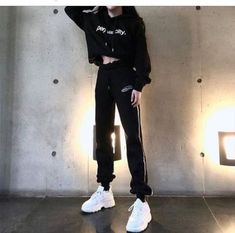 Ideas Fashion Korean Street Kpop Girl Swag - New Site Hipster Outfits, Kpop Fashion Outfits, Edgy Outfits, Korean Outfits, Swag Outfits, Mode Outfits, Dance Outfits, Cute Casual Outfits, Fashion Fashion